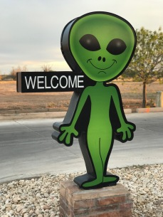 Roswell welcomes resident aliens... thank goodness